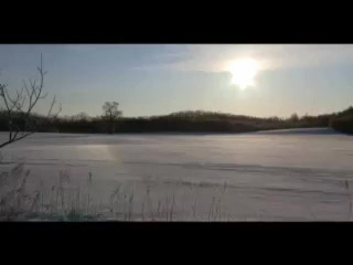 虹色に輝く雪原