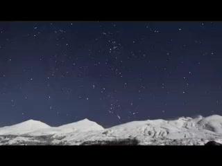 オリオン輝く雪原の丘で