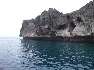 ミニグロット海域