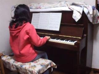 弾いて♪歌って♪